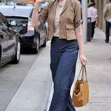 Die Marlene-Jeans, hier von Katherine Heigl in dunkler Ausführung getragen, kommt nie aus der Mode.