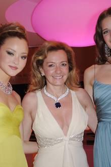 """Noch mehr schöner Schmuck an schönen Frauen: Devon Aoki, Caroline Gruosi-Scheufele und Alessia Piovan mit """"Chopard-""""Stücken."""