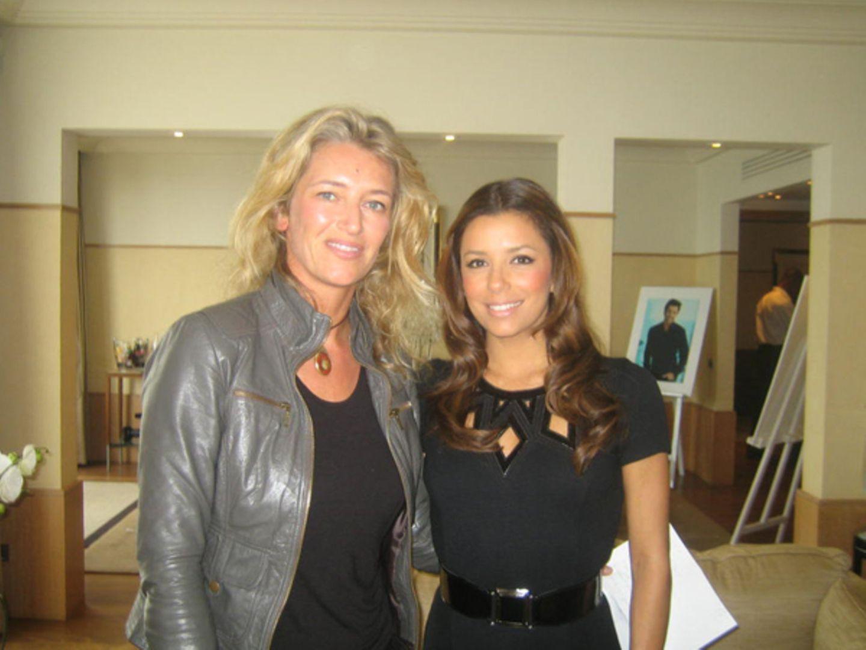 Vor dem GALA-Interview gab sexy Eva dem französischen Fernsehsender TF1 ein Interview. Danach nahm sie sich Zeit für GALA-Redakt