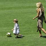 5. August 2008: Ob der kleine Damian wohl irgendwann auch mal ein berühmter Fußballer wird?!