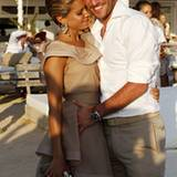 15. Juli 2010: Sylvie van der Vaart und ihr Mann Rafael besuchen die Hochzeit von seinem Teamkollegen Heitinga.