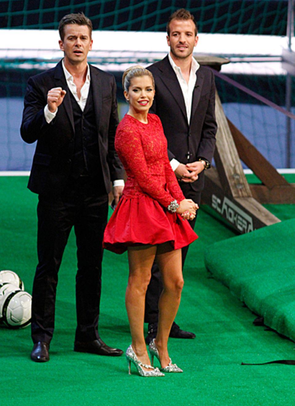 """Oktober 2012: Sylvie und Rafael van der Vaart sind bei """"Wetten, dass..?"""" in Düsseldorf zu Gast und  - wie sollte es anders sein"""