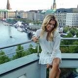 """September 2012: """"Hamburg, meine Perle!"""", twittert Sylvie van der Vaart, nachdem feststeht, dass sie mit der Familie in die Hanse"""