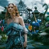 Alice betritt das kunterbunte Wunderland...