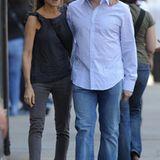 20. März 2010: Ganz entspannt sieht man das Paar durch New Yorks West Village bummeln.
