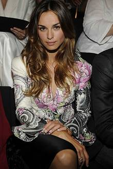 """Während der Haute Couture Woche in Paris wurde auch Giorgio Armanis neuer Signaturduft """"Idole d'Armani"""" lanciert, für den die sc"""