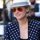 Der Fedora-Hut überzeugte nicht nur Legenden wie Humphrey Bogart, sondern kann auch beim schönsten Deutschlandexport in Hollywood, Diane Kruger, passend zum Blazer punkten.