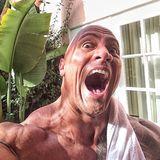 """Dezember 2013  Dwayne """"The Rock"""" Johnson ist laut """"Forbes""""-Liste der am bestverdiende Schauspieler des Kinojahrs 2013 . Auf Instagram freut er sich und dankt seinen Fans für ihre Unterstützung."""