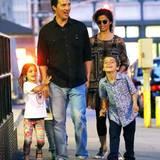 29. Juni 2016  Die Familie ist bis zum Sonnenuntergang in Manhattan unterwegs.