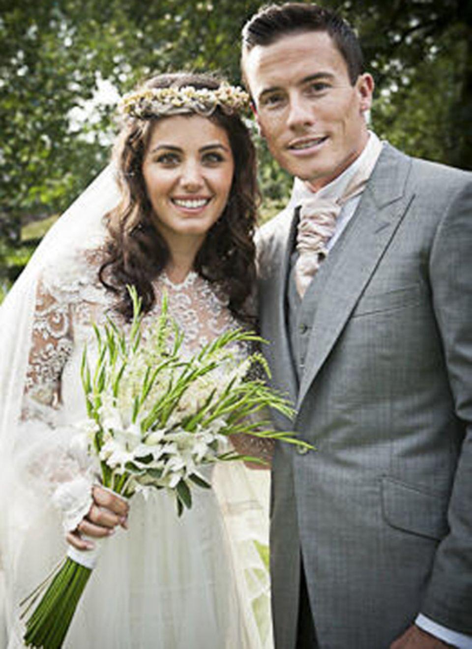 1. September 2012: Katie Melua und James Toseland haben in London geheiratet. Die Sängerin und der Ex-Motorradrennfahrer hatten