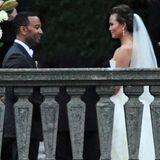 14. September 2013: John Legend und seine Braut Chrissy Teigen geben sich im italienischen Cernobbio das Ja-Wort. Das Besondere: Die Braut trägt an ihrem großen Tag gleich drei Kreationen der Designerin Vera Wang.