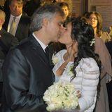 21. März 2014:  Andrea Bocelli traut sich zum zweiten Mal. Der Star-Tenor heiratet seine langjährige Lebensgefährtin Veronica Berti in einem Kloster im italienischen Livorno.