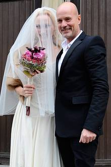 17. Dezember 2011: Nach 14 Jahren Beziehung geben sich Andrea Sawatzki und Christian Berkel in Berlin das Ja-Wort.  Das Shauspie