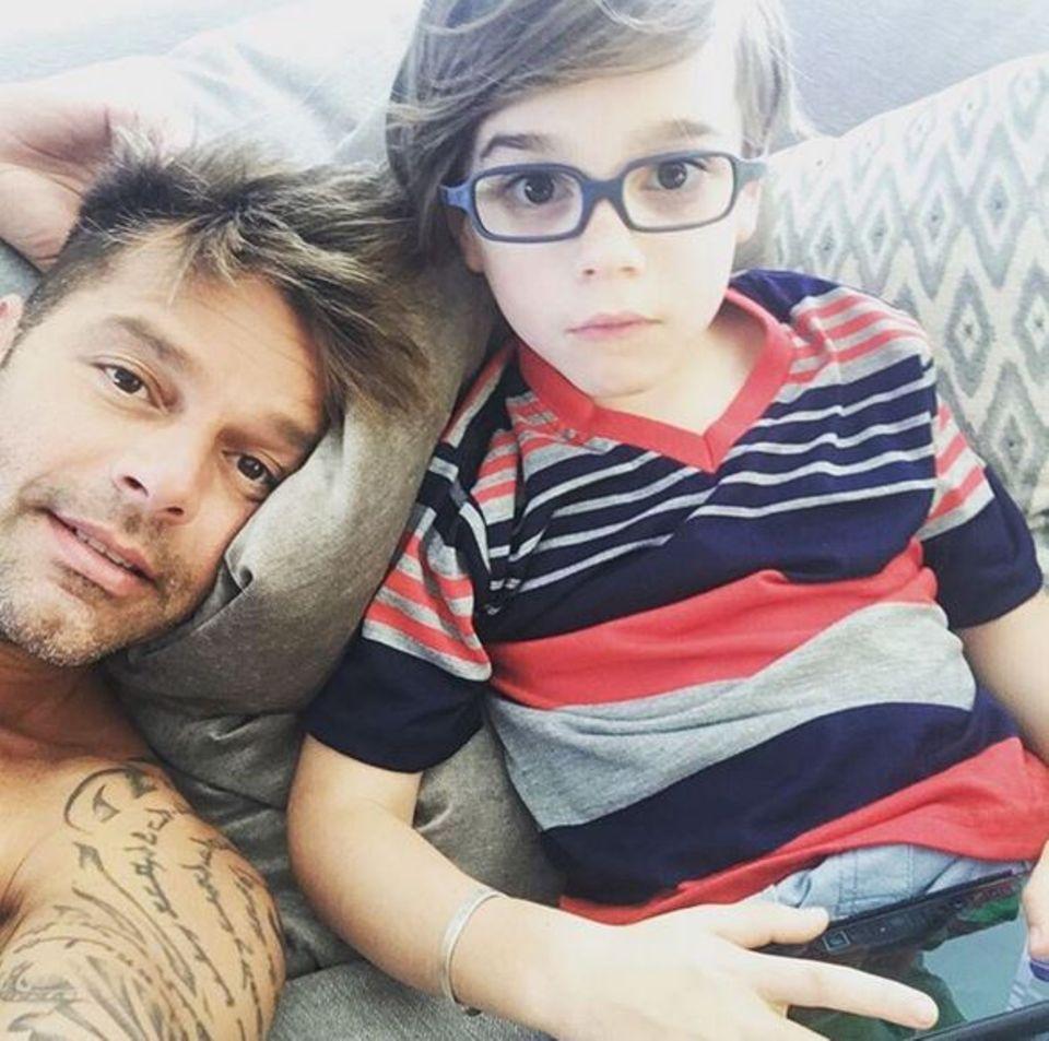 21. April 2016: Ricky Martin zeigt auf Instagram stolz ein Foto eines seiner Zwillings-Jungs.