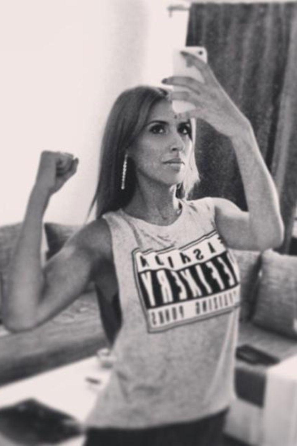 """Ex-""""Monrose""""-Sängerin Senna Gammour ist stolz auf ihre Muskeln und postet auf Facebook: """"Der Moment wo du merkst das Sport doch nicht so grausam ist"""""""