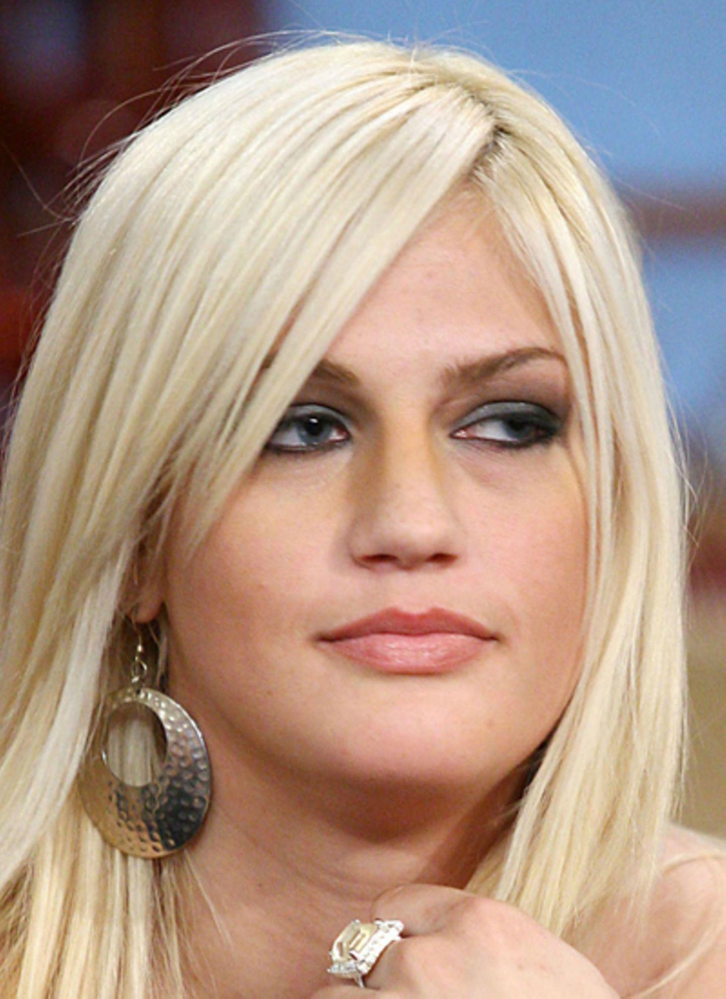 31. Januar 2012: Leslie Carter, Schwester von Nick und Aaron Carter, stirbt im Alter von 25 Jahren.