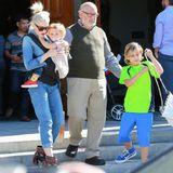 8. November 2015  Am Sonntag geht's im Hause Stefani in die Kirche. Begleitet wird Gwen von ihrem Vater Dennis Stefani.