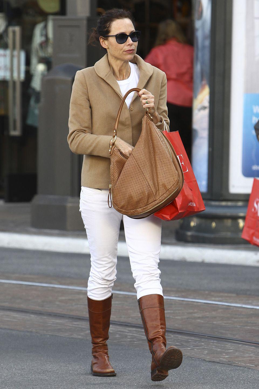 Schlank, aber gesund zeigte sich Minnie Driver noch 2011 beim Shopping.