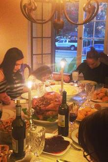 Jennifer Lopez feiert besinnlich im Kreis ihrer Liebsten.
