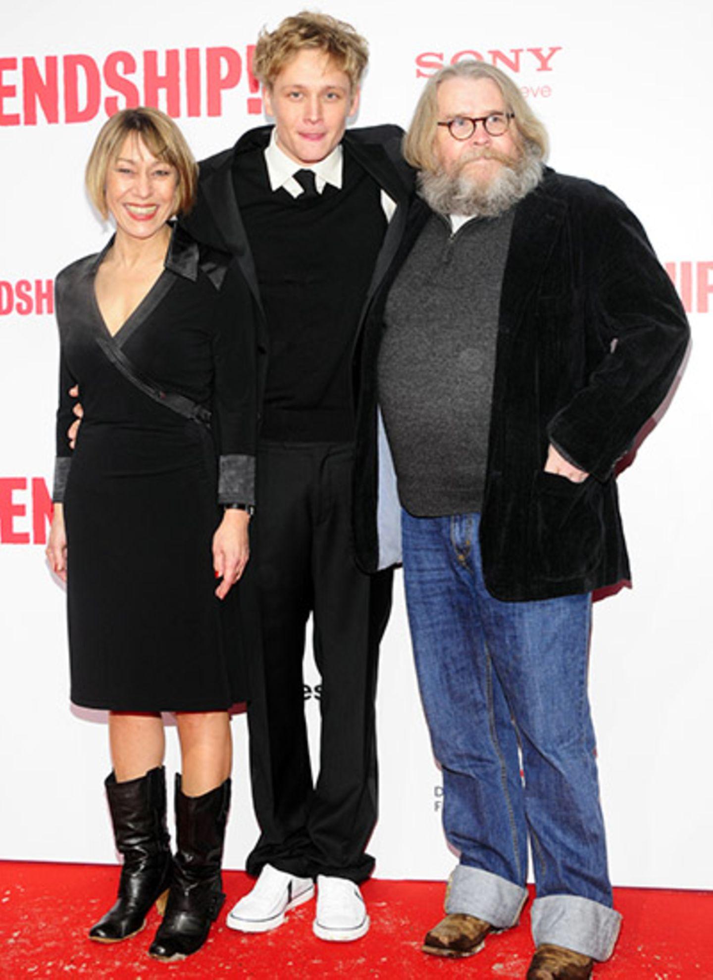 Matthias Schweighöfer und seine Eltern Gitta und Michael. Praktisch - Im Film spielen sie auch seine Filmeltern.