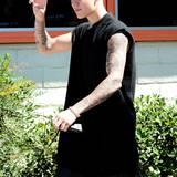 """Es handelt sich um Justin Bieber, der seinen Fans symbolisiert: """"Rock on!"""""""