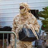 Wer wurde denn hier frühzeitig in eine Mumie verwandelt?