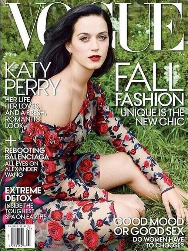 """Das Cover der amerikanischen """"Vogue"""" zeigt eine verletztliche, romantische Katy Perry."""