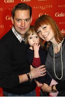 Früh übt sich: Schauspieler Christian Kahrmann und Sandya Mierswa haben ihre süße Tochter Madita mit zum Brunch genommen