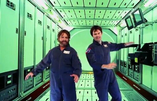 Ob Komödie oder Konzertfilm: Zach Galifianakis und Ed Helms brillieren mit ihrer brüllend-komischen Art.