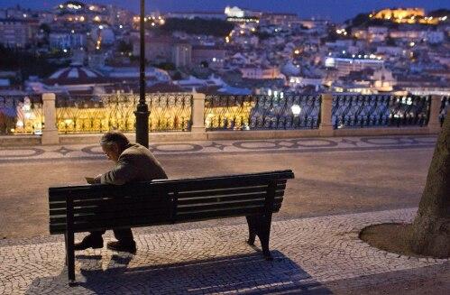Gregorius im nächtlichen Lissabon