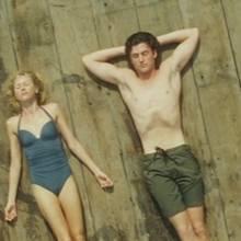 Lil (Naomi Watts) und Roz (Robin Wright), Ian (Xavier Samuel) und Tom (James Frecheville) führen eine komplizierte Vierecksbeziehung.