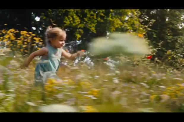 """Im neuen Film ihrer Mutter Angelina Jolie spielt Vivienne Jolie-Pitt die junge Version von Prinzessin """"Aurora"""" alias """"Dornröschen""""."""