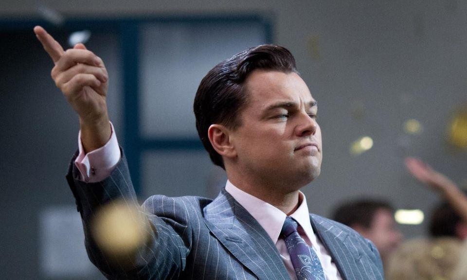 """Leonardo DiCaprio spielt Jordan Belfort, der in den frühen 1990er Jahren große Erfolge mit seiner Maklerfirma an der """"Wall Street"""" feierte."""