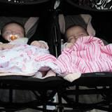 Die Zwillingstöchter von Sarah Jessica Parker und Matthew Broderick, Marion Loretta Elwell und Tabitha Hodge Broderick, wurden a