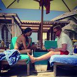 1. Januar 2014  Boris und Lilly Becker starten mit einem Schachspiel am Strand in das Jahr 2014.