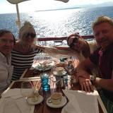 14. September 2014  In Antibes in Frankreich essen die Beckers mit den Netzers im Hotel zu Mittag.