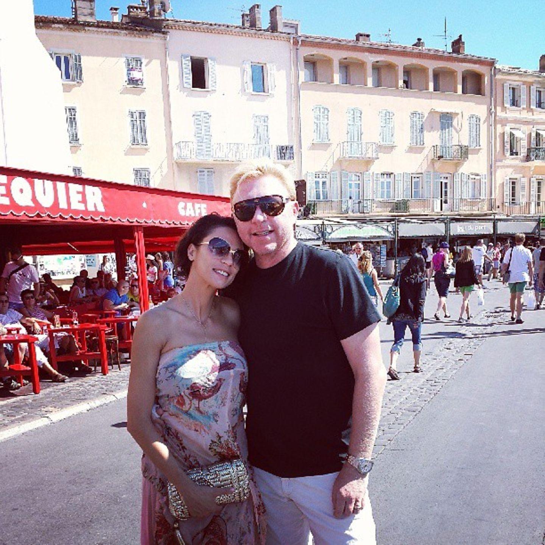 27. August 2013   Boris und Lilly Becker twittern Urlaubsgrüße aus St.Tropez.