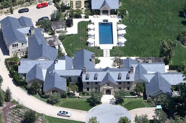 Das neue Anwesen von Kim Kardashian und Kanye West in den Woodland Hills in Los Angeles.