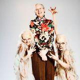 4. Juni 2010: Königin Margrethe von Dänemark macht im Sitar Arts Center Begegnungen mit kleinen Zombies.