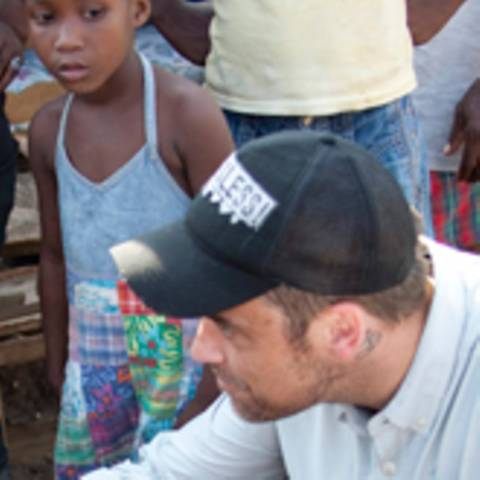 Haiti - Robbie Williams