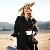 """17. Dezember 2014: Die britische Vogue zeigt ein Filmstill aus """"The Dressmaker"""" von der wunderschön gestylten Kate Winslet."""
