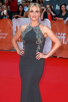 Glamouröses Grau: Kate Winslet in Badgley Mischka