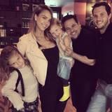 13. September 2014  Mit dem Modedesigner Narciso Rodriguez trifft sich Familie Alba zum Lunch.