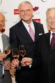Peter Lewandowski (Gala),  Jost Deitmar (Direktor Hotel Louis C. Jacob) und Lutz Bethge (Geschäftsführer Montblanc International