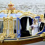 """Das frischvermählte Kronprinzenpaar bei der Bootsfahrt im königlichen Ruderboot """"Vasaorden""""."""