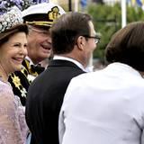 Schön zu sehen, wie gut sich Königin Silvia und König Carl Gustav mit den Eltern von Daniel Westling, Ewa und Olle, verstehen.