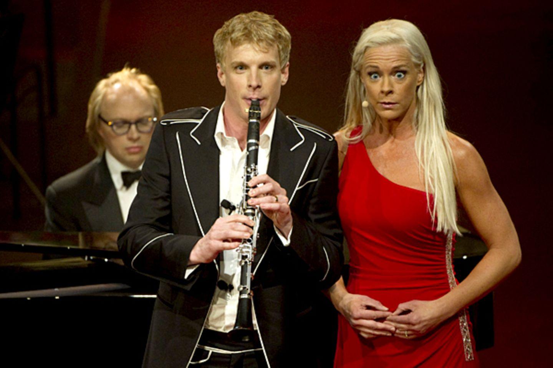 Martin Frost, Roland Pontinen und Malena Ernman sorgten ebenfalls für musikalische Untermalung und verzauberten das Brautpaar un