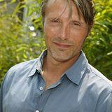 Mads Mikkelsen kommt zum Empfang des Film Fernseh Fonds Bayern.