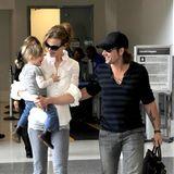 20. Juni 2010: Keith Urban holt seine beiden Mädels vom Flughafen in Los Angeles ab. Es ist Nicoles 43. Geburtstag.