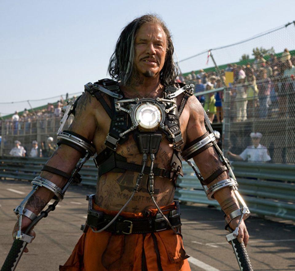 """Als Whiplash lässt es Mickey Rourke 2010 in """"Iron Man 2"""" knallen."""